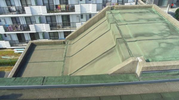 階段屋上・床防水工事・施工前